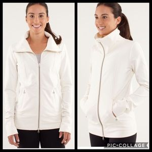 Lululemon Daily Yoga Jacket Polar Cream sz 12